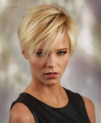 Afbeeldingsresultaat voor short hair with long bangs