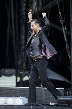 Dave Gahan of Depeche Mode.  Photo: http://www.15min.lt/zmones
