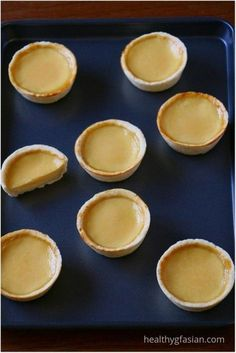 Egg tart or egg custard tart (called dan tat in Cantonese) is a pastry commonly found in England, Portugal, Hong Kong and many south east Asian countries. Custard Tart, Custard Filling, Egg Recipes, Asian Recipes, Chinese Recipes, Tart Recipes, Chinese Egg Tart, Chinese Food, Gluten Free Icing