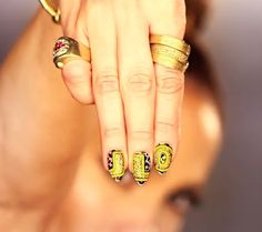 Jennifer Lopez shows off #nailart in new video… #nails