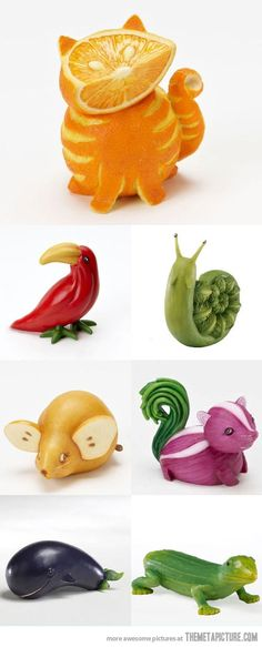 Fruit Carving - vegetable carving - Orange Cat, this is awesomeFruit Carving - vegetable carving - Orange Cat, Not that I have the time, but oh, so cute.fruit and veggie animals that onion skunk is precious! :D (diy fruit recipes)Make one special pho Deco Fruit, Fun Fruit, Fruit Ideas, Fruit Food, Food Food, Fresh Fruit, Fruit Art Kids, Food Deserts, Pasta Food