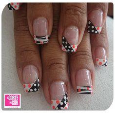 Decora tus uñas con Paola Andrea Florez Ortiz de nuestra sede Autopista Sur, solicita tu cita 5522309 ¡El Corte del Sur Peluquería Tiene Tiempo Para Ti!