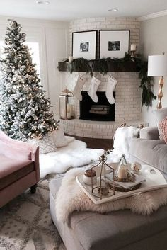 100 Best Holiday Living Room Images In 2020 Christmas Decorations Christmas Home Farmhouse Christmas