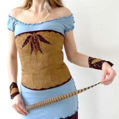 OOAK Native - corset with leather applique in modern primitive style, light brown faux fur Leather Leaf, Leather Art, Leather Crafts, Festival Outfits, Handmade Clothes, Corset, Looks Great, Faux Fur, Cotton Fabric