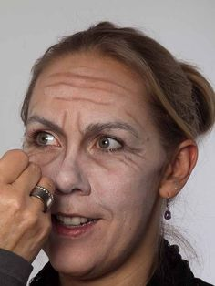Make-up as a-old woman – for carnival or theme party – eye wrinkles - Makeup Tips