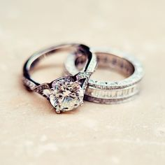 Stunning Set | Sparkling Engagement Rings