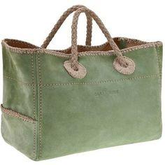 Car Shoe borsa primavera estate 2011 in suede verde - Redapple Fashion Magazine Sacs Tote Bags, Tote Purse, Tote Handbags, Car Shoe, Shoe Bag, Sac Week End, Diy Sac, Denim Bag, Fabric Bags