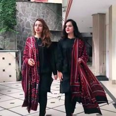 Black Dress With Ajrak Duppata Rs.2400 Fashion style look GUNJAN SAXENA: THE KARGIL GIRL TO RELEASE DIRECTLY ON NETFLIX  PHOTO GALLERY  | THEHINDU.COM  #EDUCRATSWEB 2020-06-09 thehindu.com https://www.thehindu.com/entertainment/movies/owu0i0/article31785365.ece/ALTERNATES/FREE_960/gunjan-2
