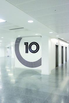 200 Aldersgate. Level signage. dn&co.