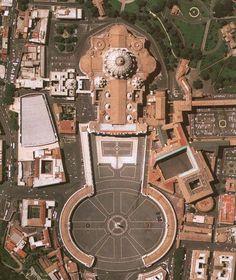 Vista aerea del colonnato di San Pietro