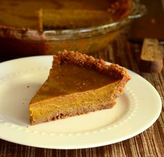 Gluten Free Pumpkin Pie with Gluten Free Pie Crust | Baking Bites