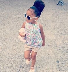 little lady..I can see Chels looking stylish like momma already <3