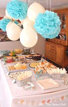 Globos y pompones, una decoración maravillosa para cualquier fiesta. #DecoracionGlobos