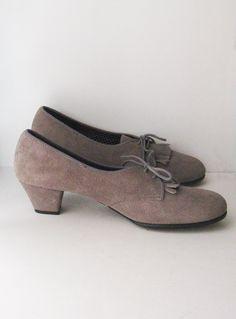 Vintage Oxford Heeled Shoes Grey Suede by SwankyLadyVintage, $32.00