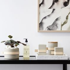 If you are up to implementing some modern and minimal decor, then this post will be so helpful. Check out this contemporary DIY cement decor! Palm Springs, Home Decor Bedroom, Diy Home Decor, Home Decor Near Me, Marble Tray, Carrara Marble, Minimal Bathroom, Minimal Decor, Interior Plants