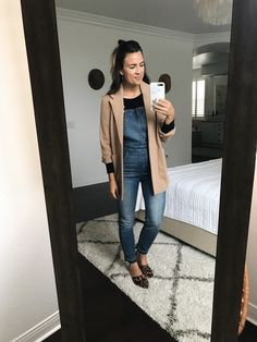 How to Style Skinny Overalls Overalls Fashion, Fashion Pants, Fall Outfits, Casual Outfits, Work Outfits, Skinny Overalls, Spanx Faux Leather Leggings, Autumn Winter Fashion, Winter Style