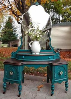 love the color - color is green bay by sherwin williams