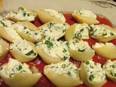 Cooking For One Recipes: Spinach Ricotta Stuffed Shells - A Frugal Chick