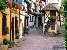Σεργιάνι στις 16 πιο γοητευτικές μεσαιωνικές πόλεις της Ευρώπης
