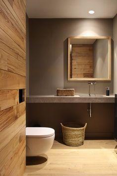 Modern rustic bath/ Tarruella Trenchs Studio
