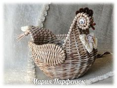 Мария Парфенюк (Мажура ) - Мои работы (заказы не принимаю)   OK.RU Newspaper Basket, Paper Weaving, Upcycle, Recycling, Projects To Try, Arts And Crafts, Birds, Christmas Ornaments, Knitting