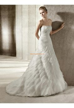 Robe de mariée évasée organza multi-couche