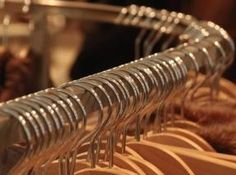 Dry cleaning services emerge in the present day world and they are what numerous individuals now look for regularly. Luckily, the number of these cleaning service suppliers has developed with the interest making it feasible for everyone to appreciate the services at whatever point the need emerges. The services are presently given in a most helpful manner particularly with the understanding that a great many people are tied by their bustling ways of life yet still need the pivotal services.