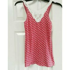 Hollister Polka dot and Lace Trim Tank Gently used. No rips or stains. 100% cotton Hollister Tops Tank Tops