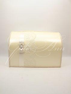 Сундучок для денег на свадьбу Gilliann Magic Ivory Lace BOX055, http://www.wedstyle.su/katalog/anniversaries/wedding-box-money, #wedstyle, #свадебныеаксессуары, #сундучокдляденег, #свадебныйсундучок, #weddingbox