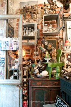 My kind of shop. In Paris, of course. Though I've only been there in my dreams.