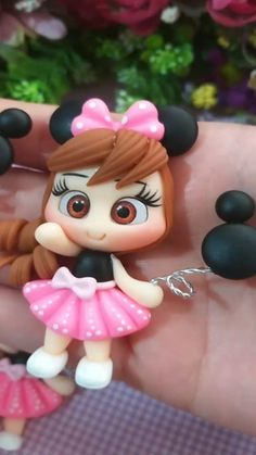 Cute Polymer Clay, Polymer Clay Crafts, Disney Word, Pasta Flexible, Minnie Mouse, Nail Art, Bows, Christmas Ornaments, Holiday Decor