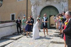 Brana Werfen auf Hochzeiten Street View, Newlyweds
