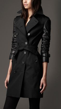 Elegant cotton gabardine trench coat with set-in python sleeves and undercollar Heritage features reference the original Burberry trench coat
