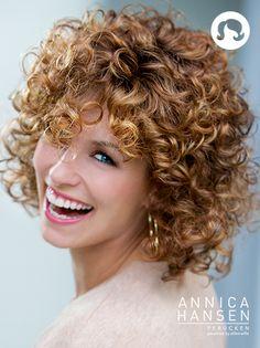 Happy Look #pruiken #wigs #peruca #annicahansen