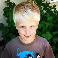 OMG that looks like my boyfriend's brother. It's not but he looks exactly like him