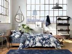 The new year brings a new set of design trends to enjoy, but not all of them are brand new. In fact, some trends (such as mixed metallics) have been in the