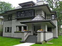 LOVE THIS HOUSE: reminds me of my grandparents old house.