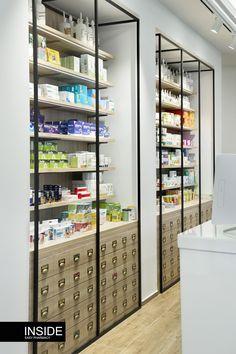 Farmacia El Carmen - Inside Farmacia: Diseño de Farmacias Inteligentes con mobiliario específico diseñado y orientado hacia el cliente. #diseñofarmacias #farmacia #farmacias #interiorismo #mobiliariodefarmacias #diseño #interiorismo #decoración #estilo #farmacéuticos #reforma