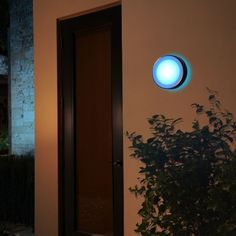 Philips Hue White and Color Ambiance LED-Wandleuchte Daylo silber Philips Hue, Aluminium, Celestial, Outdoor, Color, Circle Shape, Courtyard Entry, Diffuser, Backyard Patio