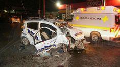 Elementos de la Policía Michoacán cerraron la vialidad para que fueran atendidos los lesionados, mientras personal de Tránsito del Estado se hizo cargo de realizar el peritaje del accidente y retirar las unidades siniestradas
