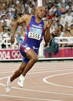 Frankie Fredericks became the first man of non-West African heritage to break the 10 second barrier in the in Sports Track, Sports Celebrities, Fastest Man, Olympic Athletes, 200m, Action Poses, Sports Activities, Track And Field, History Facts