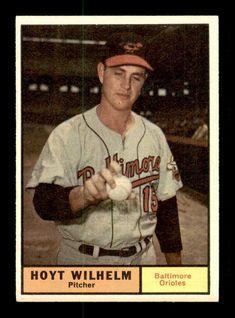 1961 Topps #545 Hoyt Wilhelm  EXMT+ X1366454