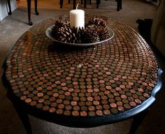 how to penny tile a table top Penny Coffee Tables, Penny Table Tops, Cherry Wood Coffee Table, Tiled Coffee Table, Cool Diy, Easy Diy, Tile Tables, Patio Tables, Penny Tile