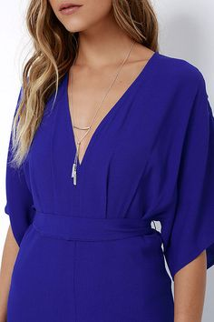 Take a joy-filled jaunt on a breezy day with the Where the Wind Blows Royal Blue Maxi Dress! Textured woven poly shapes this casual maxi dress with wide-cut, short sleeves and a V-neckline. High waistline (with tying sash) transitions into a billowing maxi skirt with thigh-high side slit. Hidden back zipper with clasp.