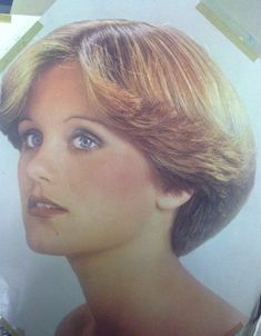 Wedge Haircut Dorothy Hamill - The Best Drop Fade Hairstyles Short Wedge Hairstyles, Messy Bob Hairstyles, Short Pixie Haircuts, Feathered Hairstyles, Short Hair Cuts, Short Hair Styles, Short Wedge Haircut, Hairstyles Pictures, 1970s Hairstyles