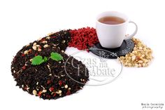 WHITE & RED. Black OP tea with a jasmine, goji berry and aroma.