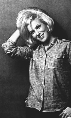 Dusty Springfield.  Her voice is sensual, expressive, sultry, unlike any other in pop music,