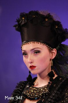 #photography #JenkasFashion #couture #Russian #Luzhina #kokoshnik #newyerkcouturefashionweek