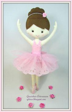 Felt ballet dancer. Handmade by Gracinhas Artesanato