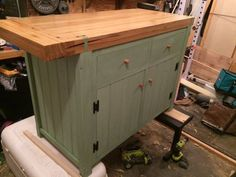 """Shaker Workbench"" inspired Kitchen island... Since it was purpose built as an island i will forgive."